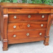 commode-crosse-epoque-restauration-noyer-massif-6