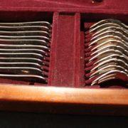 menagere-felix-freres-metal-argente-138-pieces-5