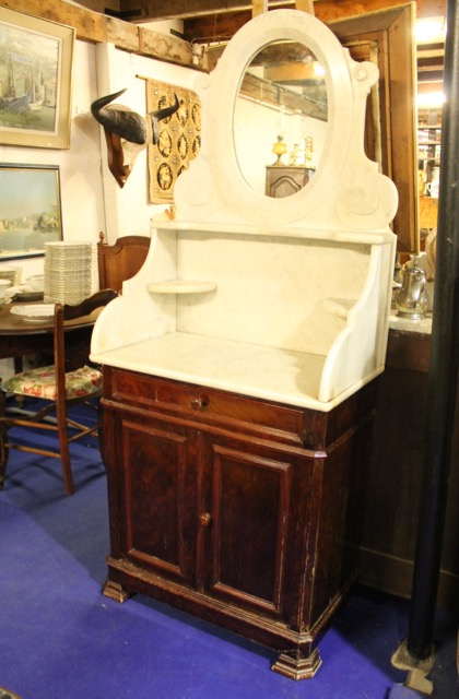 meuble de toilette epoque 1900 puces d 39 oc. Black Bedroom Furniture Sets. Home Design Ideas