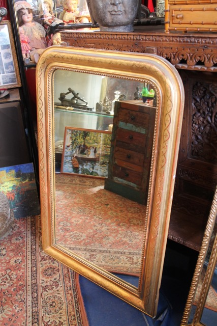 miroir dor epoque louis philippe puces d 39 oc brocante en ligne. Black Bedroom Furniture Sets. Home Design Ideas
