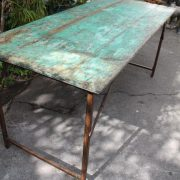 table-indienne-design-industriel-bois-metal-3