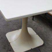 table-vintage-annees-70-2
