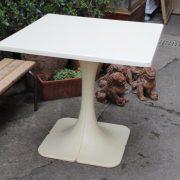 table-vintage-annees-70-5
