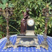 garniture-cheminee-bronze-epoque-restauration-1