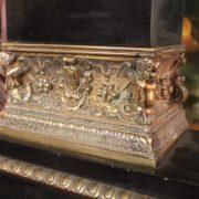 garniture-cheminee-bronze-epoque-restauration-4