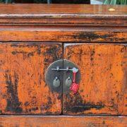 buffet bas chinois laque rouge antique puces d 39 oc. Black Bedroom Furniture Sets. Home Design Ideas