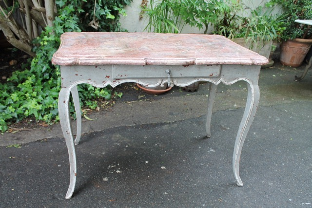 Petite table louis xv patine gris antique u puces d oc brocante en