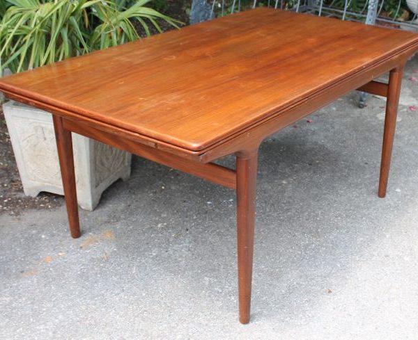 Table de salle à manger Mobilier Danois des années 1960 en teck de ...