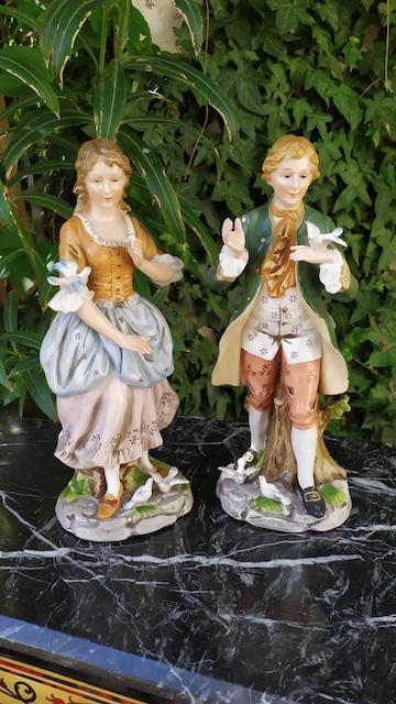 Statuettes en Faïence