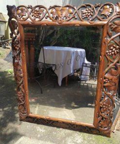 miroir en bois sculpte