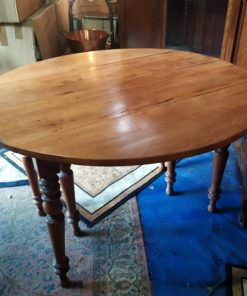 table six pieds ancienne