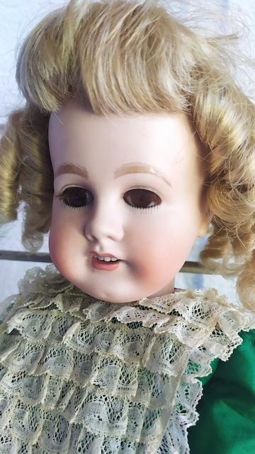 poupée ancienne porcelaine g et k