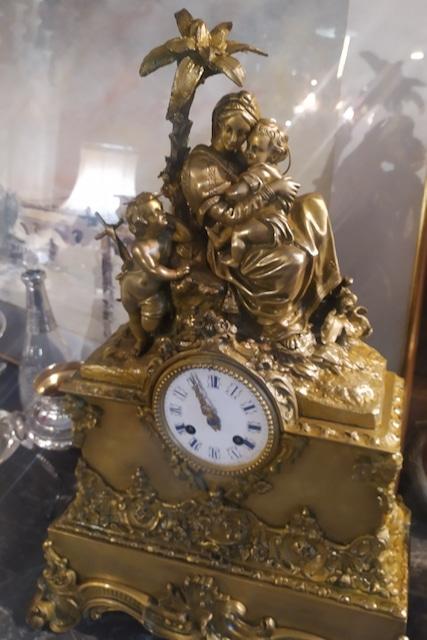 pendule restauration en bronze