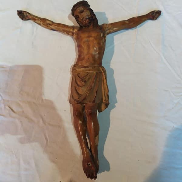 christ ancien en bois