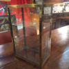 petite vitrine ancienne
