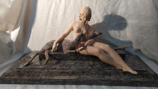 statue art deco