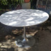 table ronde pied tulipe