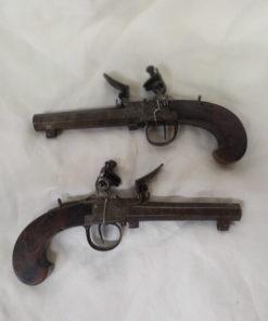 pistolet a coffre