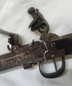 pistolet a coffre de collection