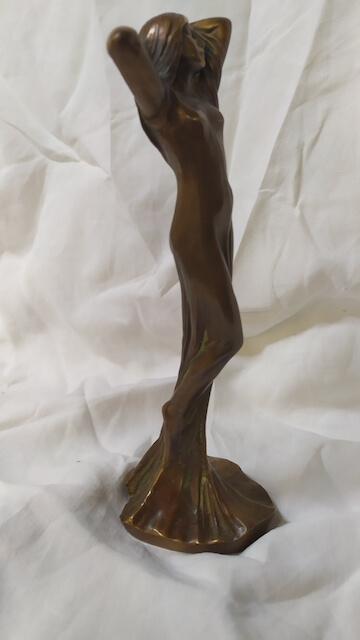bronze feminin art nouveau