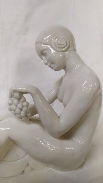 sujet porcelaine l.badessi