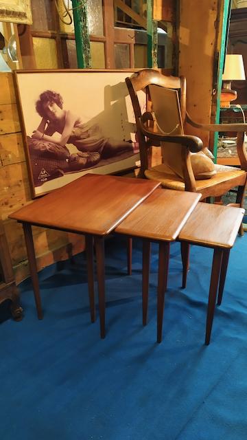 tables gigognes design scandinave