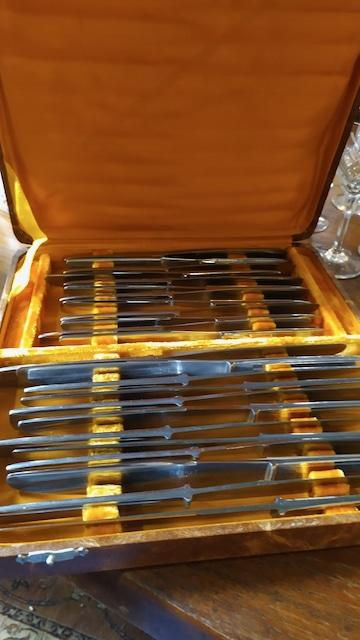 Couteaux Inox Art Déco